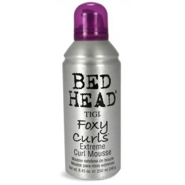 Tigi Bed Head Foxy Curls, Extreme Curl Mousse, plaukų putos moterims, 250ml